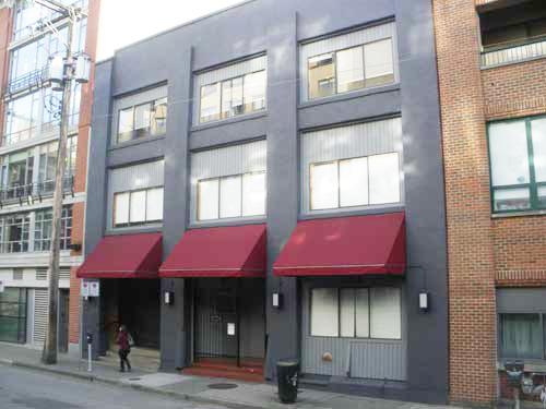 Hamilton St. 1224